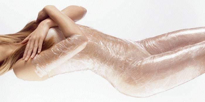 Как быстро избавиться от растяжек стрий на теле в домашних условиях с помощью косметологических процедур и народных средств