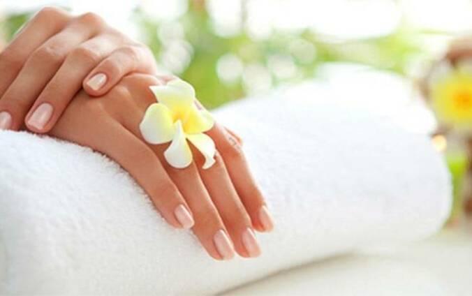 Парафиновое обертывание для рук – особенности и эффективность процедуры