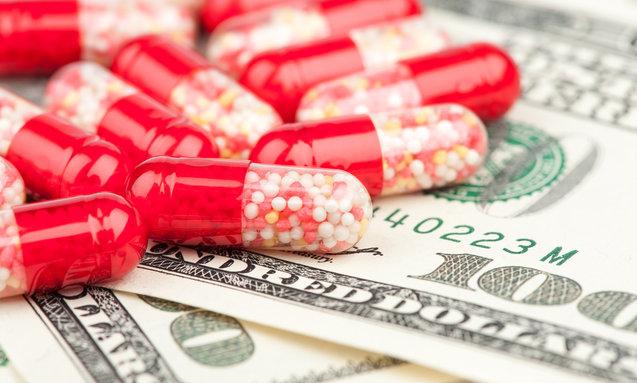 Заоблачные цены на лекарства, обусловленные прибылями от фармацевтических компаний